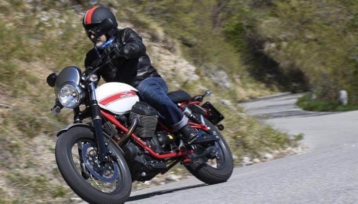 Prova su strada Moto Guzzi Stornello 2016: il ritorno! - Foto 4 di 27