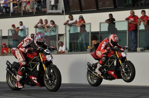 World Ducati Week 2012: Ducati Diavel Carbon in palio - Foto 6 di 14