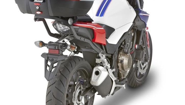 Givi presenta il set di accessori per Honda CB500F: il cupolino si illumina - Foto 2 di 5