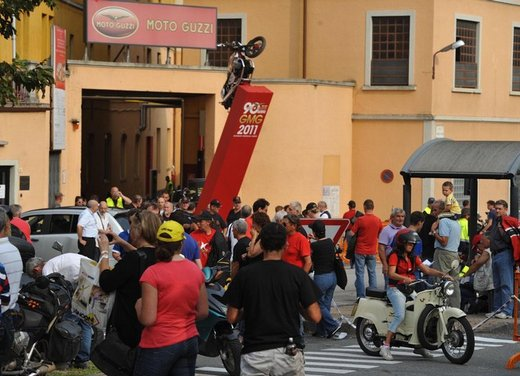 Giornate Mondiali Guzzi 2011 - Foto 31 di 57