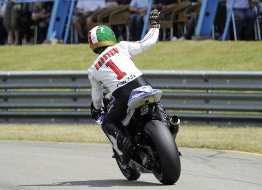 """Yamaha festeggia i suoi 50 anni nei GP alla """"200 Miglia di Imola Revival"""" - Foto 13 di 27"""