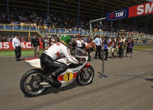 """Yamaha festeggia i suoi 50 anni nei GP alla """"200 Miglia di Imola Revival"""" - Foto 16 di 27"""