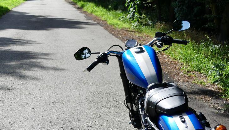 Harley-Davidson Sportster 1200 Roadster: La nostra prova del mito HD - Foto 8 di 38