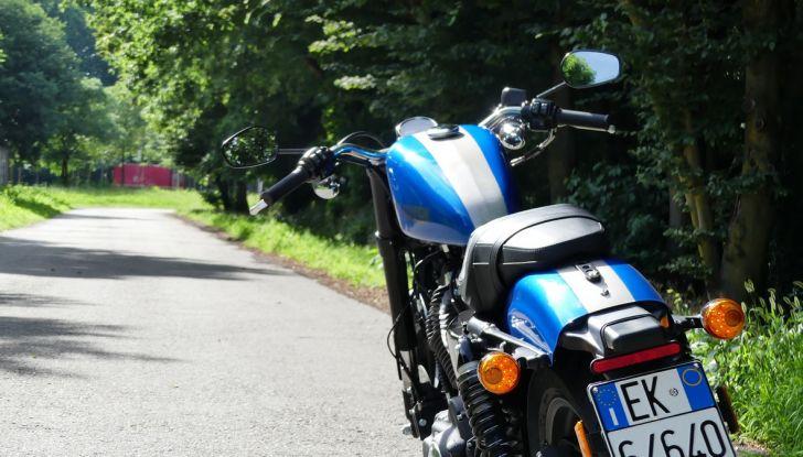 Harley-Davidson Sportster 1200 Roadster: La nostra prova del mito HD - Foto 9 di 38