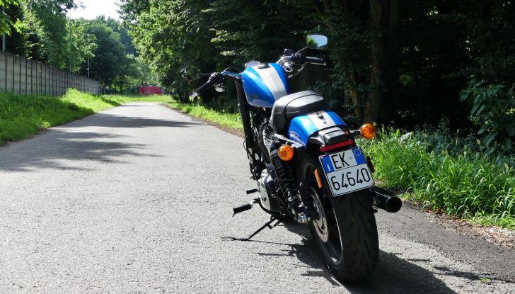Harley-Davidson Sportster 1200 Roadster: La nostra prova del mito HD - Foto 10 di 38