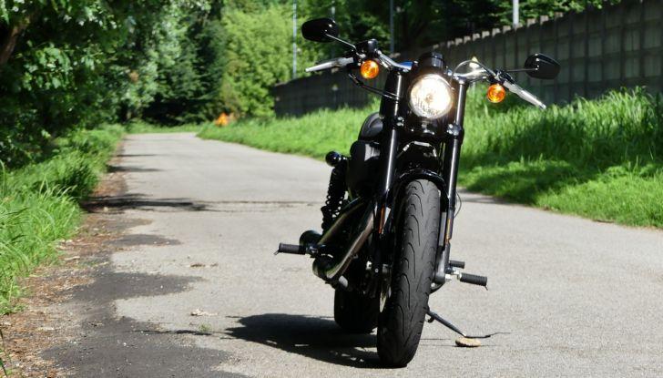 Harley-Davidson Sportster 1200 Roadster: La nostra prova del mito HD - Foto 15 di 38