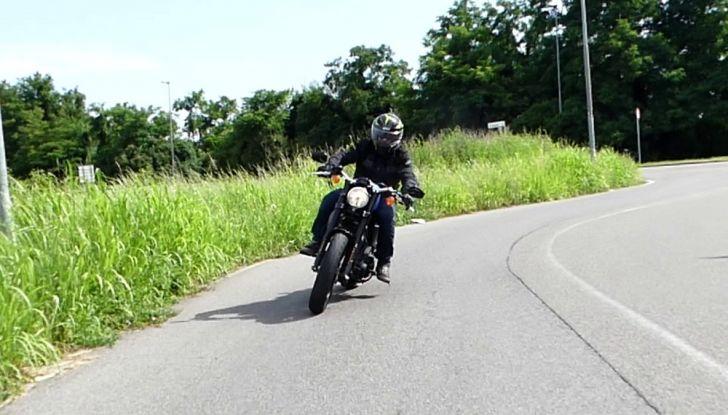 Harley-Davidson Sportster 1200 Roadster: La nostra prova del mito HD - Foto 31 di 38