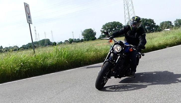Harley-Davidson Sportster 1200 Roadster: La nostra prova del mito HD - Foto 34 di 38