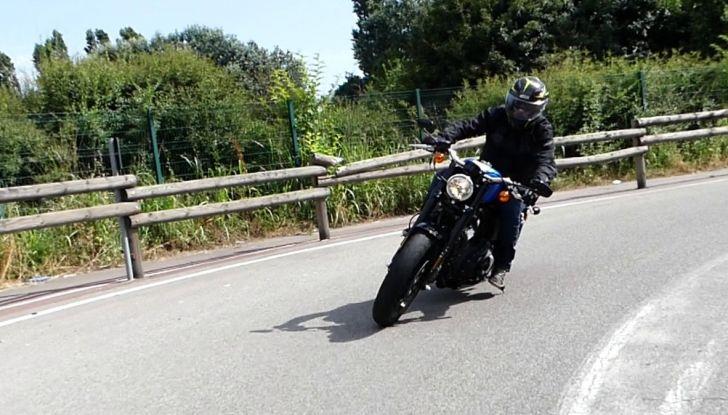 Harley-Davidson Sportster 1200 Roadster: La nostra prova del mito HD - Foto 35 di 38