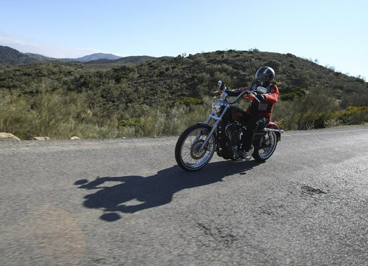 Harley Davidson Seventy-Two prova su strada della nuova Sportster - Foto 5 di 17