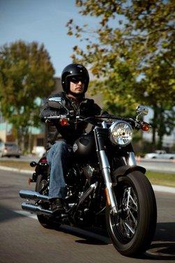 Harley Davidson Softail Slim - Foto 37 di 49