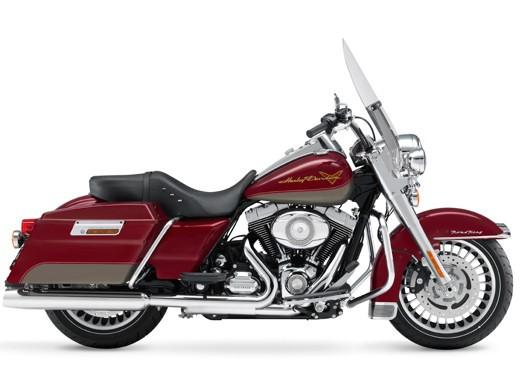 Harley Davidson FLHT Electra Glide Standard - Foto 3 di 6
