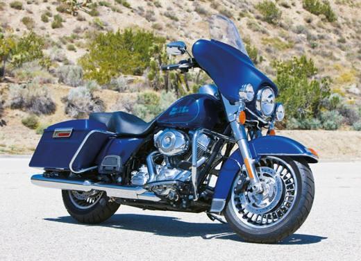 Harley Davidson FLHT Electra Glide Standard - Foto 4 di 6