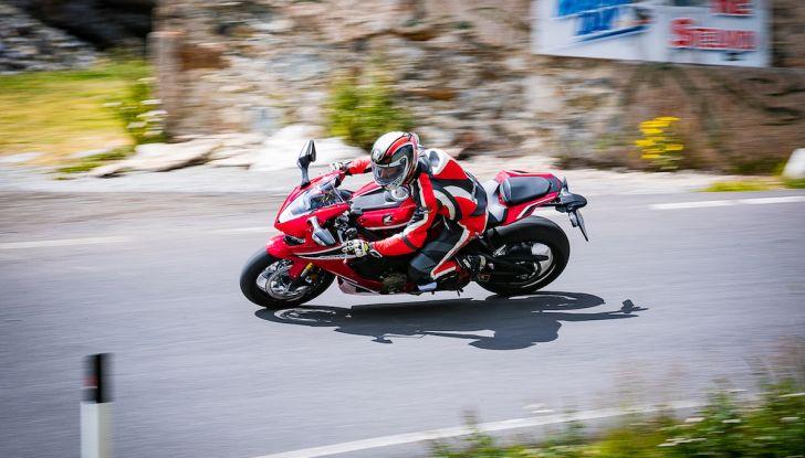 Test Ride Honda CBR 1000RR Fireblade 2018: veloce, facile e tecnologica - Foto 8 di 17