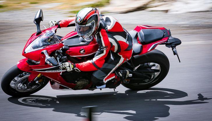 Test Ride Honda CBR 1000RR Fireblade 2018: veloce, facile e tecnologica - Foto 9 di 17