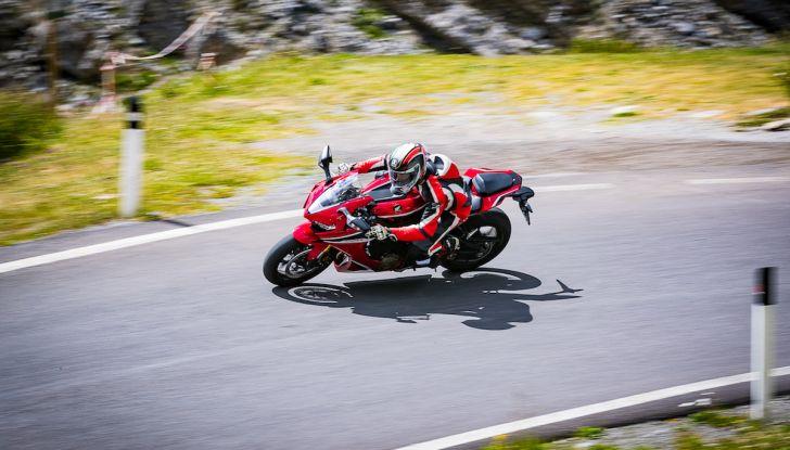 Test Ride Honda CBR 1000RR Fireblade 2018: veloce, facile e tecnologica - Foto 4 di 17