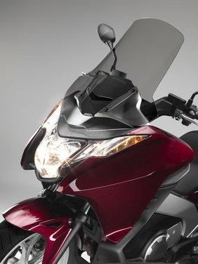 Honda Integra, compreso nel prezzo il bauletto per due caschi integrali - Foto 35 di 39