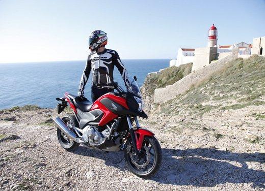 Honda NC700X: intelligenza e convenienza su due ruote - Foto 2 di 15