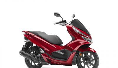 Honda PCX 125 2018: consumi al minimo e stile rinnovato