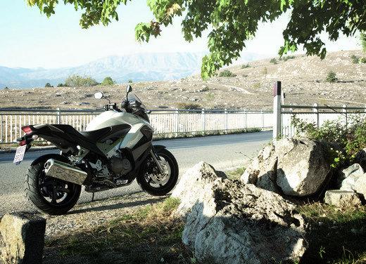 Honda Crossrunner: naked turistica - Foto 2 di 18