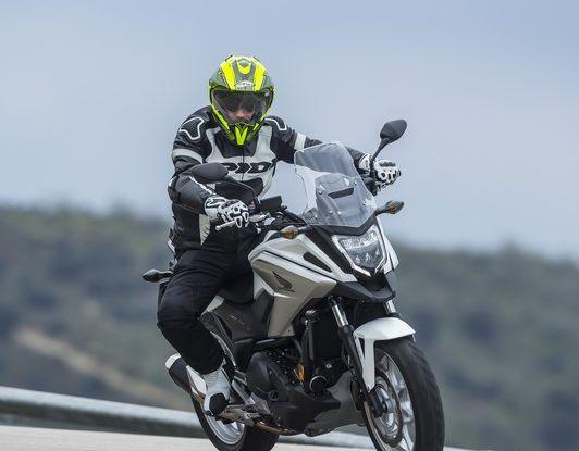 Honda NC750X 2016, La nostra prova su strada - Foto 9 di 32