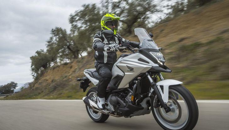 Honda NC750X 2016, La nostra prova su strada - Foto 16 di 32