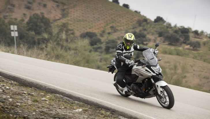 Honda NC750X 2016, La nostra prova su strada - Foto 31 di 32