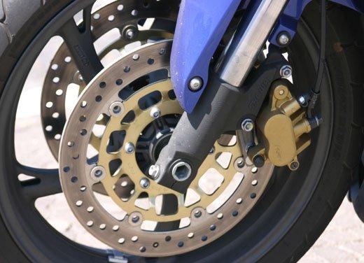Nuova Honda CBR600F: prova su strada del modello 2011 - Foto 11 di 16