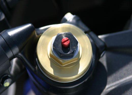 Nuova Honda CBR600F: prova su strada del modello 2011 - Foto 12 di 16