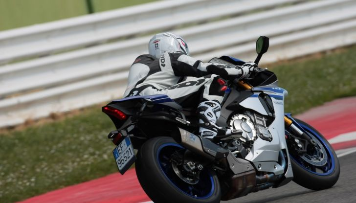 A Misano con Yamaha Supersport Pro Tour 2016: Adrenalina a mille! - Foto 6 di 60