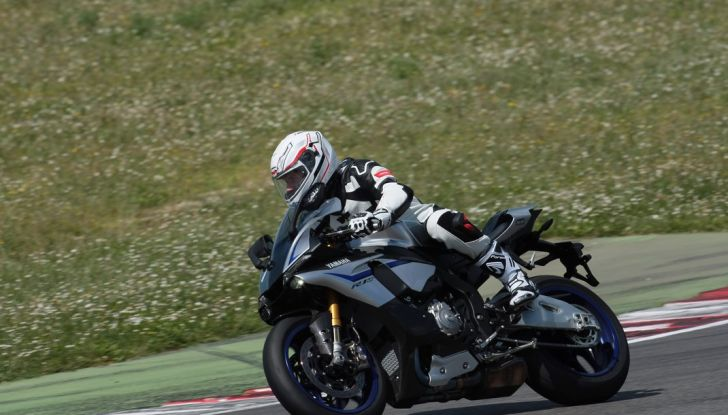 A Misano con Yamaha Supersport Pro Tour 2016: Adrenalina a mille! - Foto 5 di 60
