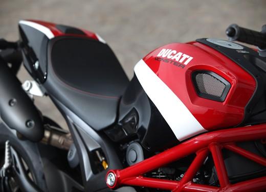 Ducati Monster 796: la via di mezzo che unisce l'utile al dilettevole - Foto 2 di 21