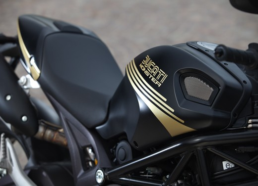 Ducati Monster 796: la via di mezzo che unisce l'utile al dilettevole - Foto 3 di 21