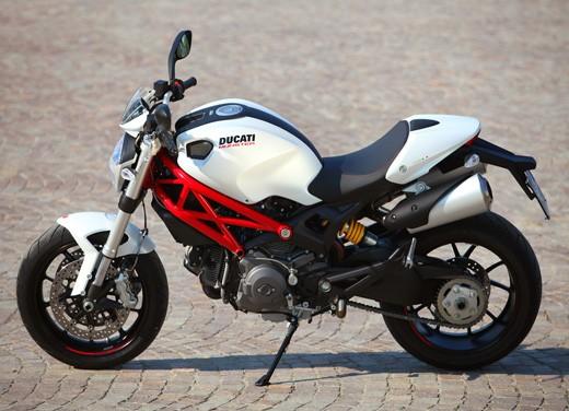 Ducati Monster 796: la via di mezzo che unisce l'utile al dilettevole - Foto 13 di 21