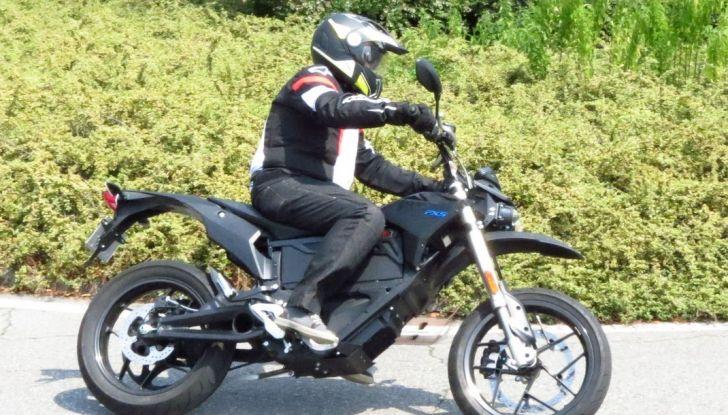 """Prova su strada: Zero Motorcycles FXS 11 kW: la """"125"""" elettrica - Foto 28 di 37"""