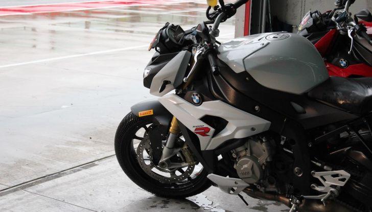 Pirelli SBK Track Days: a Imola con la BMW S1000RR - Foto 18 di 38