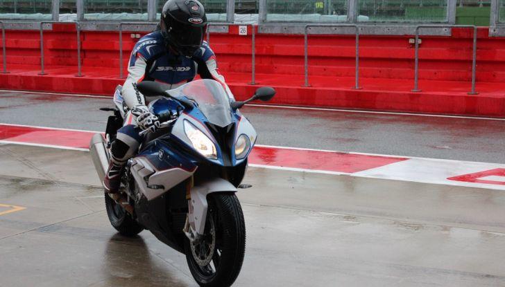 Pirelli SBK Track Days: a Imola con la BMW S1000RR - Foto 22 di 38