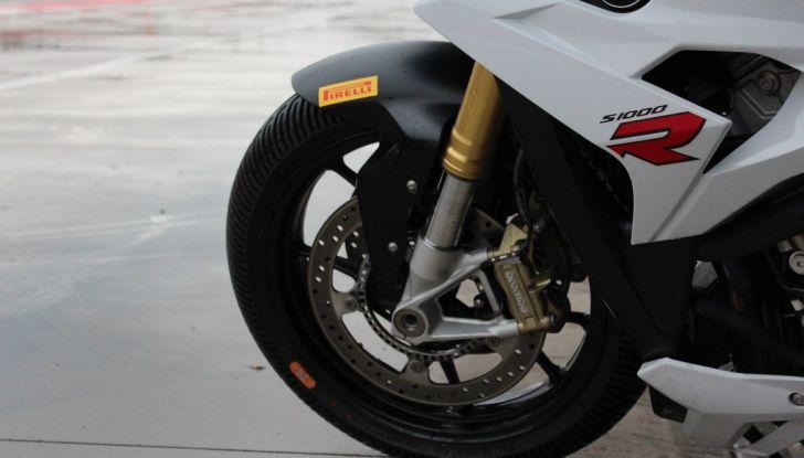Pirelli SBK Track Days: a Imola con la BMW S1000RR - Foto 23 di 38