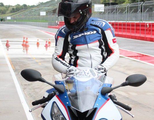Pirelli SBK Track Days: a Imola con la BMW S1000RR - Foto 37 di 38