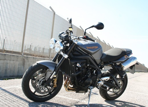 Triumph Street Triple R – Long Test Ride - Foto 4 di 13