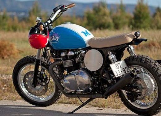 Triumph Thruxton Mightyblue by Maria Motorcycles