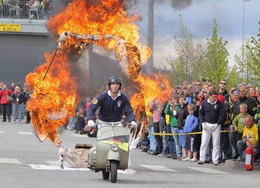 Vespa World Days 2011: in Norvegia a migliaia per festeggiare i 65 anni di Vespa