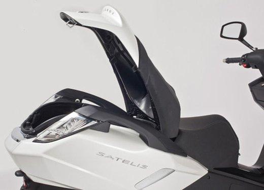 Peugeot Scooters, a Motodays 2013 un'anteprima mondiale - Foto 5 di 12