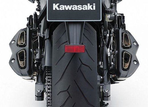 Kawasaki Z1000 - Foto 17 di 19