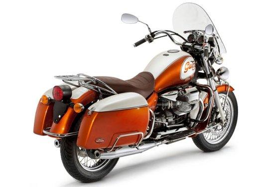 Moto Guzzi California 90° Anniversario: prezzo di 16.780 Euro - Foto 9 di 15