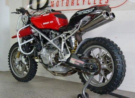 Ducati 999 Beach Racer: una superbike diventa una off-road da spiaggia - Foto 8 di 12