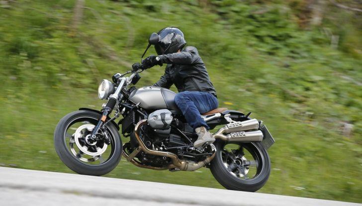 Prova della nuova BMW nineT Scrambler: due ruote selvaggia! - Foto 20 di 22