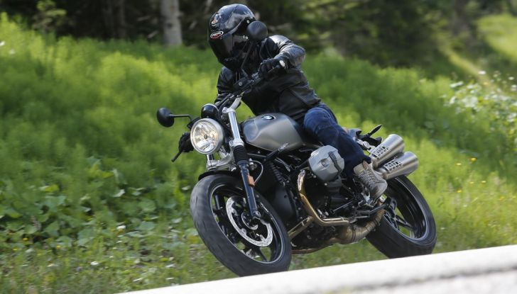 Prova della nuova BMW nineT Scrambler: due ruote selvaggia! - Foto 22 di 22
