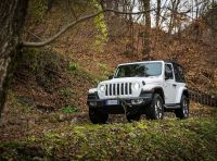 Prova nuova Jeep Wrangler 2018: la regina dell'offroad torna più forte