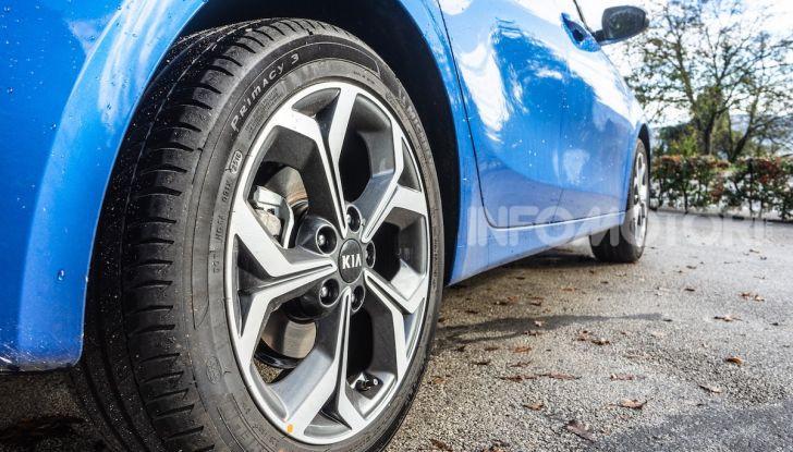 Nuova Kia Ceed motori, prezzi e prova su strada - Foto 17 di 32